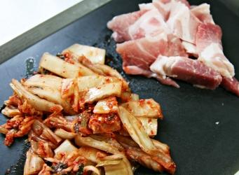 1 김치와 돼지고기